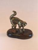Кошка на янтаре