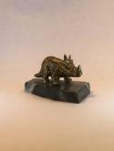 Бронтозавр на змеевике