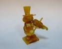 Кузнечик со скрипкой резьба из янтаря